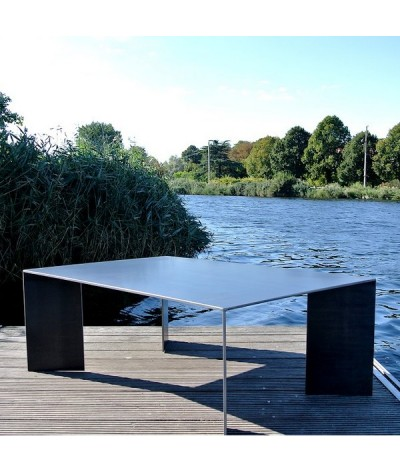 TABLE MINIMAL BY TERRE ET METAL