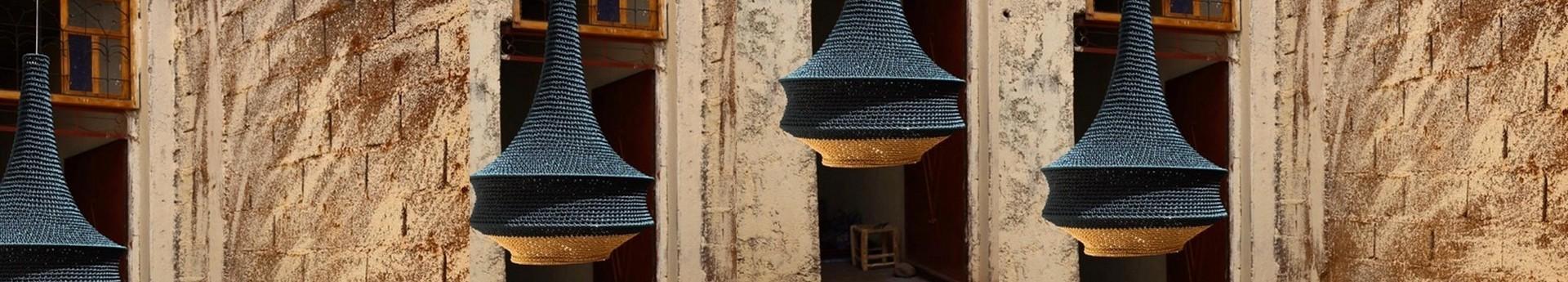 Collection uniques de lampes, suspensions,  réalisées par des artisans