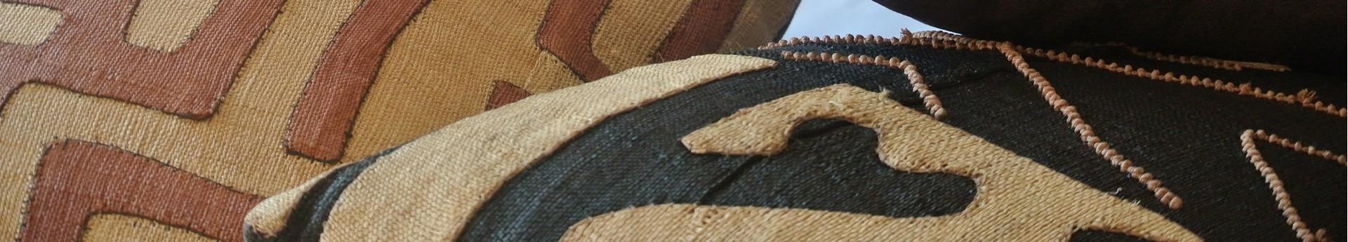 Plaids et coussins africains, indiens, mexicains ..... Tissus colorés et Uniques